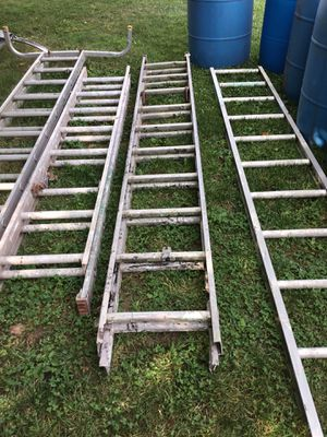 20 rung ladder for Sale in Bristol, PA