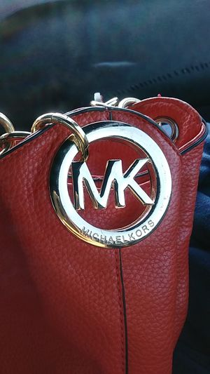 Michael Kors Women's Hand Bag for Sale in Indianapolis, IN