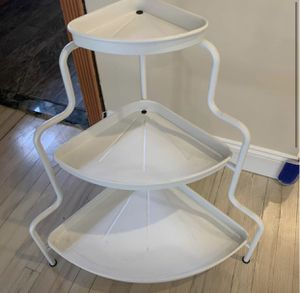 Corner three tier shelf - CASH ONLY- LAST DAY 10/31. for Sale in Brooklyn, NY