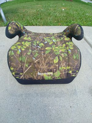 Car booster seat for Sale in Charlotte, NC