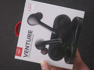 ZIZO VENTURE WIRELESS EARBUDS for Sale in Waco, TX