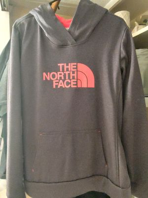 Womans North Face Hoodie for Sale in Reynoldsburg, OH