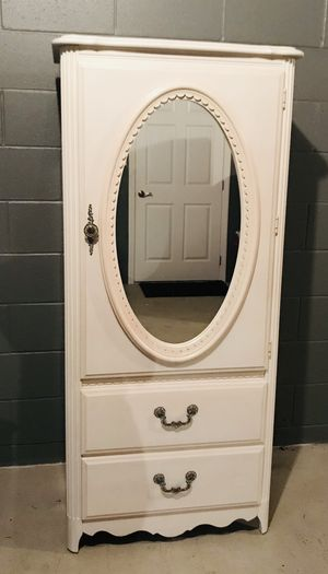 Girl's 5-Piece Bedroom Set for Sale in Aliquippa, PA