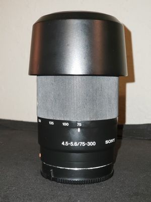 Sony 75-300mm f/4.5-5.6 Compact Super Telephoto Zoom Lens for Sony Alpha DSLR for Sale in Atlanta, GA