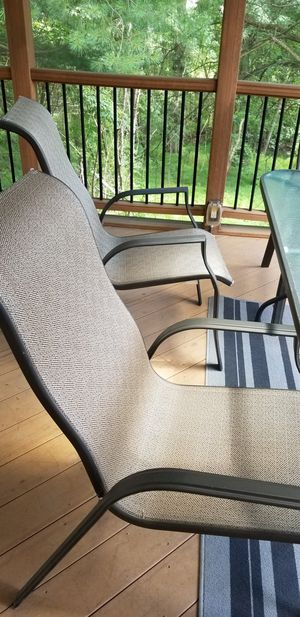 Outdoor patio furniture with FREE rug .Great condition. Must go because of downsizing. for Sale in Silver Spring, MD