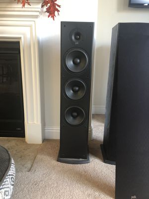Polk audio T 50 tower speakers with 10 inch subwoofer Polk audio for sale for Sale in Tracy, CA