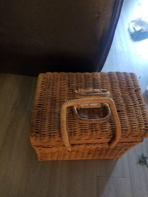 Pick nic basket for Sale in Fontana, CA