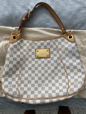 Authentic Louis Vuitton Galliera Bag for Sale in Huntington Beach, CA