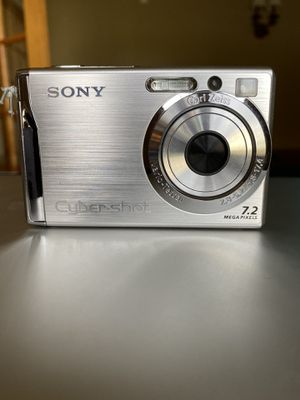 SONY Cyber-Shot Camera - DSC-W80 for Sale in East Northport, NY