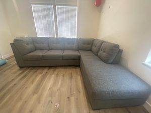 SLEEPER SECTIONAL WITH MATTRESS (LIKE NEW! USED ONLY FOR A MONTH) for Sale in Los Angeles, CA