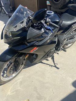 2018 Suzuki Gsxr250 Motorcycle for Sale in Fontana,  CA