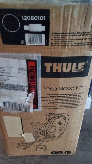 Thule Yepp nexxt mini seat for Sale in Los Angeles, CA