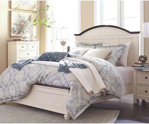 Ashley Bedroom Set for Sale in Glendale, AZ