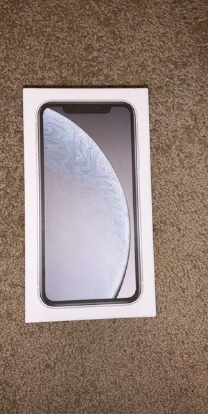 Unlocked IPhone XR for Sale in Fulton, MO