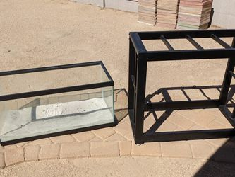 40 Gallon Breeder Aquarium Fish Tank With Stand for Sale in Tempe,  AZ