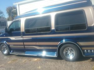 Chevy express 1999 for Sale in Lothian, MD