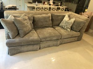 American Signature Campbell Sectional Sofa Couch for Sale in Tamarac, FL