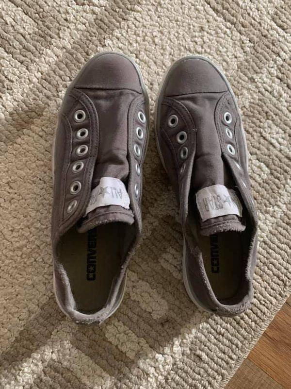 Women's Converse Sneakers Size 6