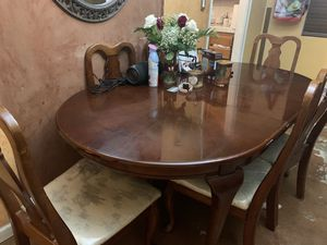 Table for Sale in Oakdale, CA