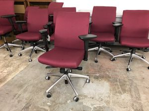 Office desk chairs for Sale in Seattle, WA