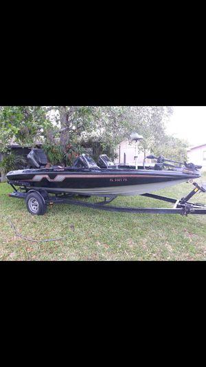 Nitro bass boat for Sale in Pembroke Pines, FL