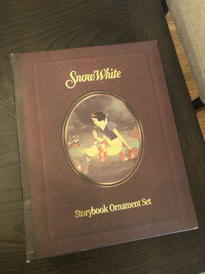 Disney Storybook Ornament set -Snow White for Sale in Oakhurst, NJ