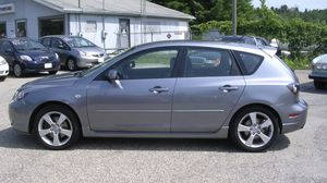 2005 Mazda 3 hatchback for Sale in Greenville, SC