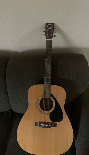 Yamaha guitar for Sale in Fresno, CA