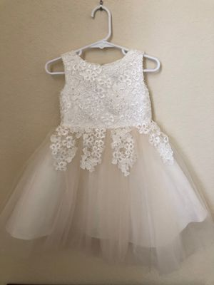 Flower girl dress size 2T for Sale in Miami, FL