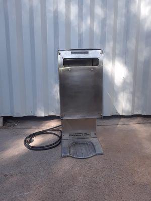 Coffee grinder grindmaster model gcg - 100 for Sale in Glendale, AZ