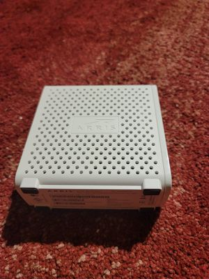 ARRIS SURFboard SBG6700AC DOCSIS 3.0 Wireless Cable Modem and AC1600 Wi-Fi Router for Sale in Santa Clara, CA