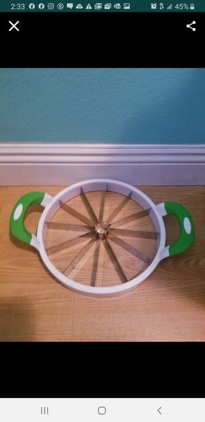 Watermelon slicer..works great! for Sale in Modesto, CA