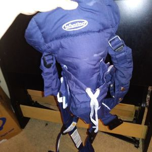 Infantino Baby Carrier for Sale in Baxley, GA