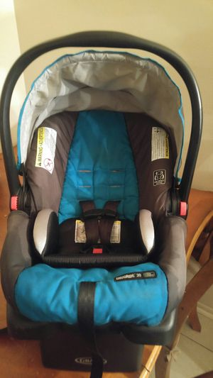 Graco Click Connect Infant Car Seat for Sale in Bradenton, FL