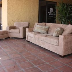 New Three Piece Crate & Barrel Sofa Set FINANCING AVAILABLE for Sale in Tempe,  AZ