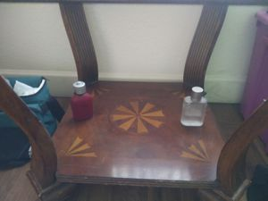 Antique Glass Maple end table for Sale in Glendale, AZ