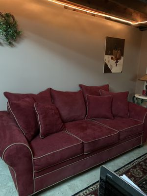 Microfiber couch like new for Sale in Chesterfield, MO