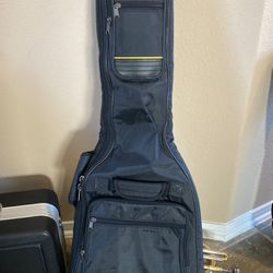 Guitar Case for Sale in Spring,  TX