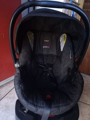 Car seat for Sale in Oakland, CA