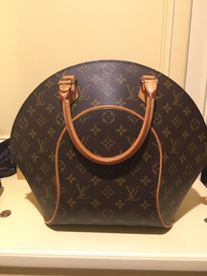 Louis Vuitton elipse mm bag for Sale in Los Angeles, CA