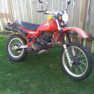 1982 Honda XL500R endruo motorcycle runs great with title no trades for Sale in Lake Stevens, WA