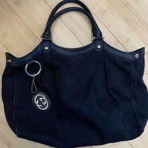 Authentic Gucci Handbag for Sale in Chicago, IL