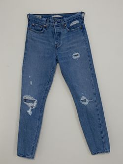Levi Women Denim - Size 25 for Sale in Alpharetta,  GA