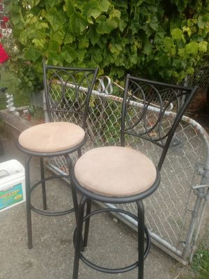 Tabel chairs for Sale in Elma, WA