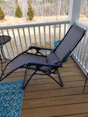 GRAVITY Reclining Chair for Sale in Chapel Hill, NC