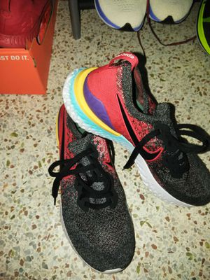 Nike Running shoes sizes 10 for Sale in Orlando, FL