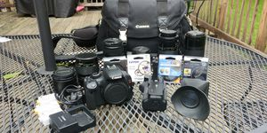 Canon t2i DSLR Body with Lenses Accessories for Sale in Homer Glen, IL