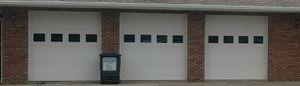 White Wayne Dalton 8300 8'x8' Steel Insulated Garage Door -- Used for Sale in Wellington, OH