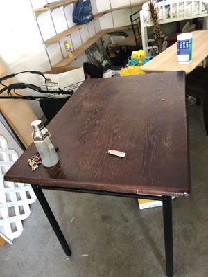 Dining table with four seats(H: 30,L: 45,W:31) for Sale in Issaquah, WA