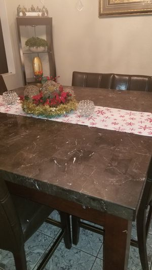 Dining Table and chairs for Sale in Phoenix, AZ